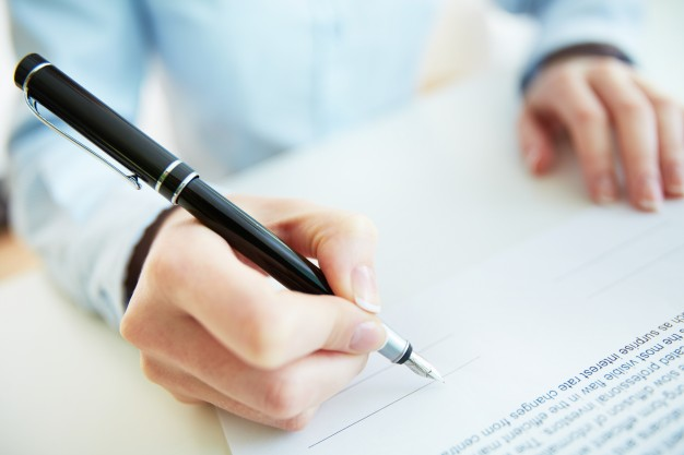 signing-contract